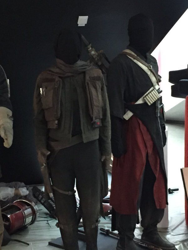 Rogue - Les NEWS Star Wars Rogue One - Page 3 Costum11