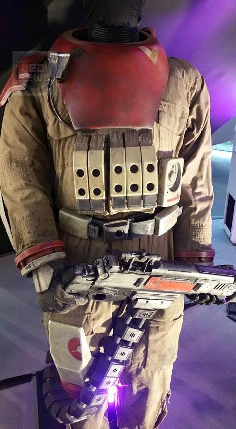 Rogue - Les NEWS Star Wars Rogue One - Page 4 Costum14