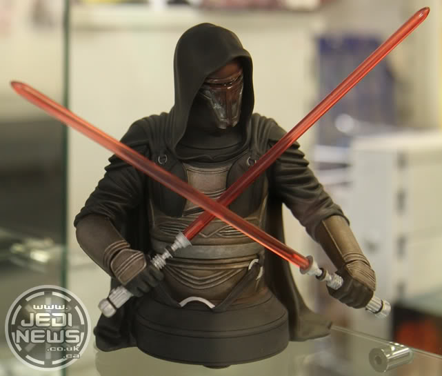 Gentle Giant - Darth Revan Mini Bust - Page 3 Create12