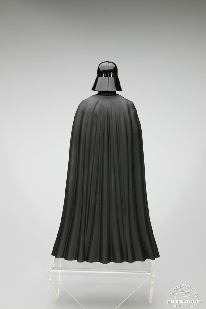 Kotobukiya - Darth Vader - Empire Strikes Back - ARTFX+ Darthv21