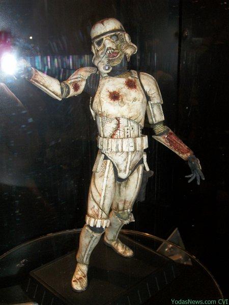 Gentle Giant - Death Trooper Deluxe Statue Death010