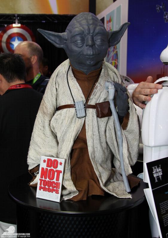 eFX Collectibles : Yoda Life Size ESB Efxyod11