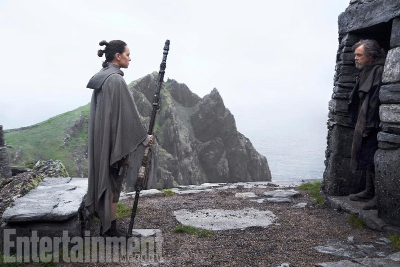 8 - Les NEWS Star Wars Episode VIII - The Last Jedi - Page 15 Ew0110