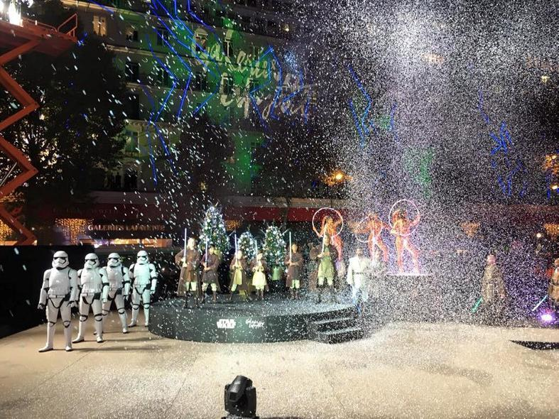 Star Wars envahit les vitrines des Galeries Lafayette  Galeri19