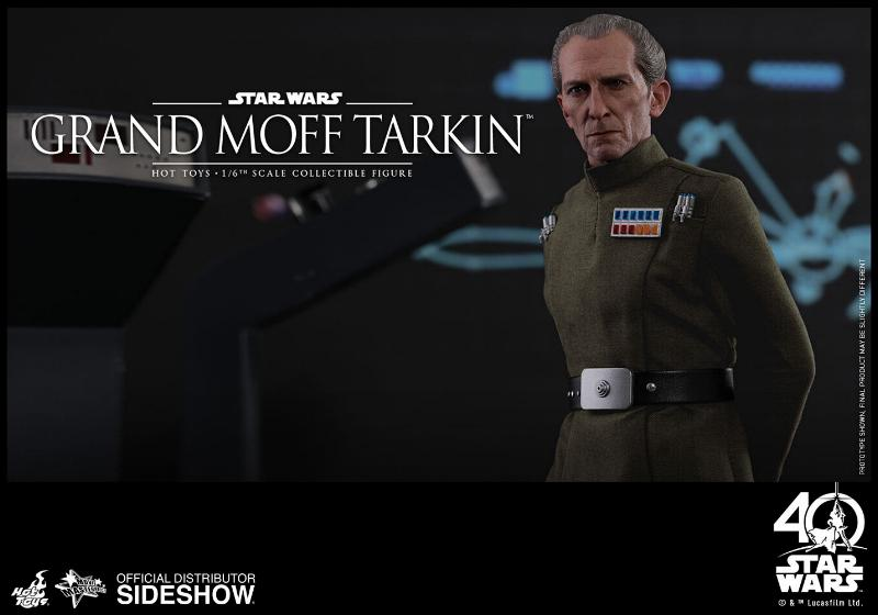 Hot Toys Star Wars - Grand Moff Tarkin Sixth Scale Figure Grand-15