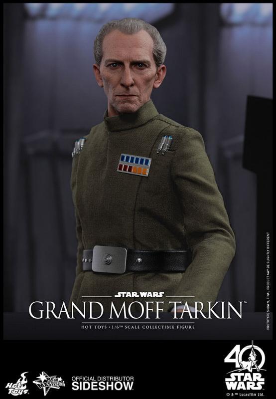 Hot Toys Star Wars - Grand Moff Tarkin Sixth Scale Figure Grand-20