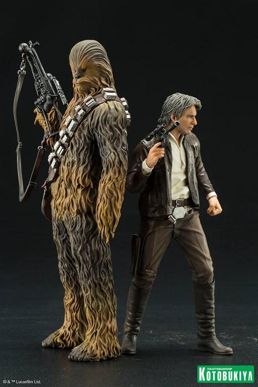 Kotobukiya - The Force Awakens Han & Chewbacca ARTFX+ Pack  Hanche18