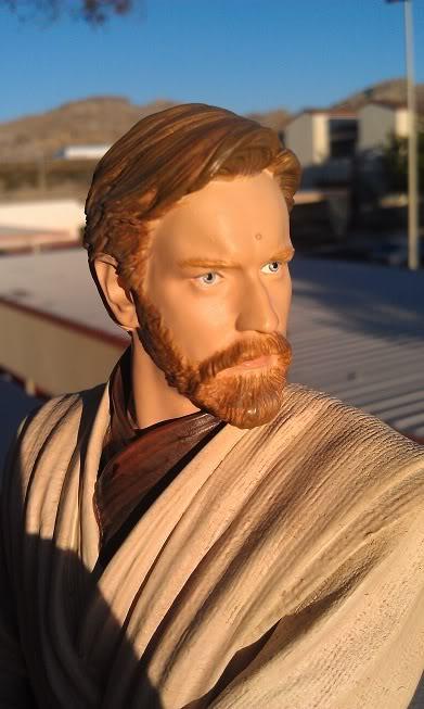 Gentle Giant - Star Wars Episode 3 Obi-Wan Kenobi Bust  Imag0013