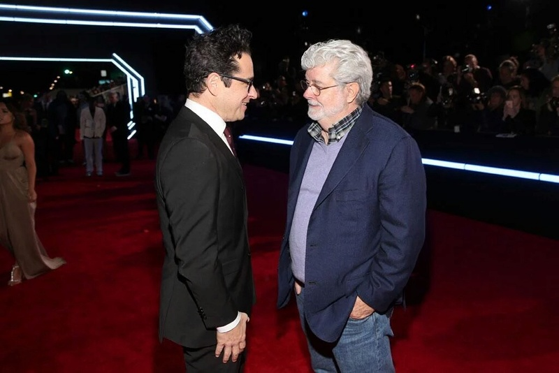 7 - Star Wars The Force Awakens - Les premières Img0110