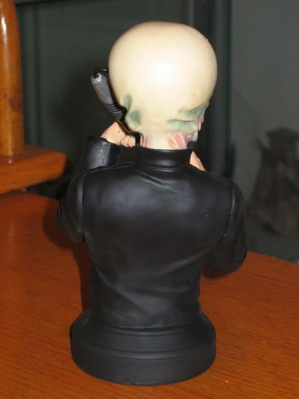 Gentle Giant - Figrin D'An (Wax Sculpt) mini bust - Page 2 Img_0213