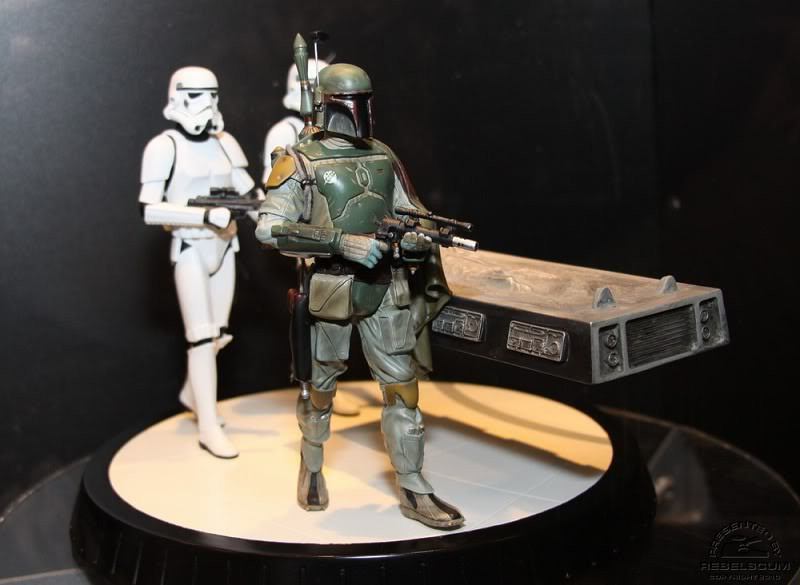 Gentle Giant - Boba fett stormtrooper and han solo carbonite - Page 4 Img_4427