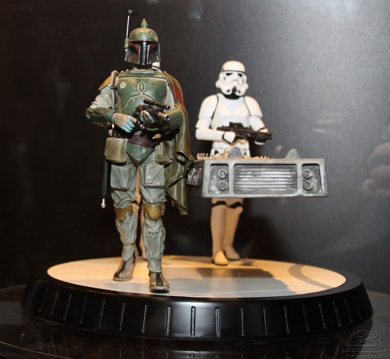 Gentle Giant - Boba fett stormtrooper and han solo carbonite - Page 4 Img_4429