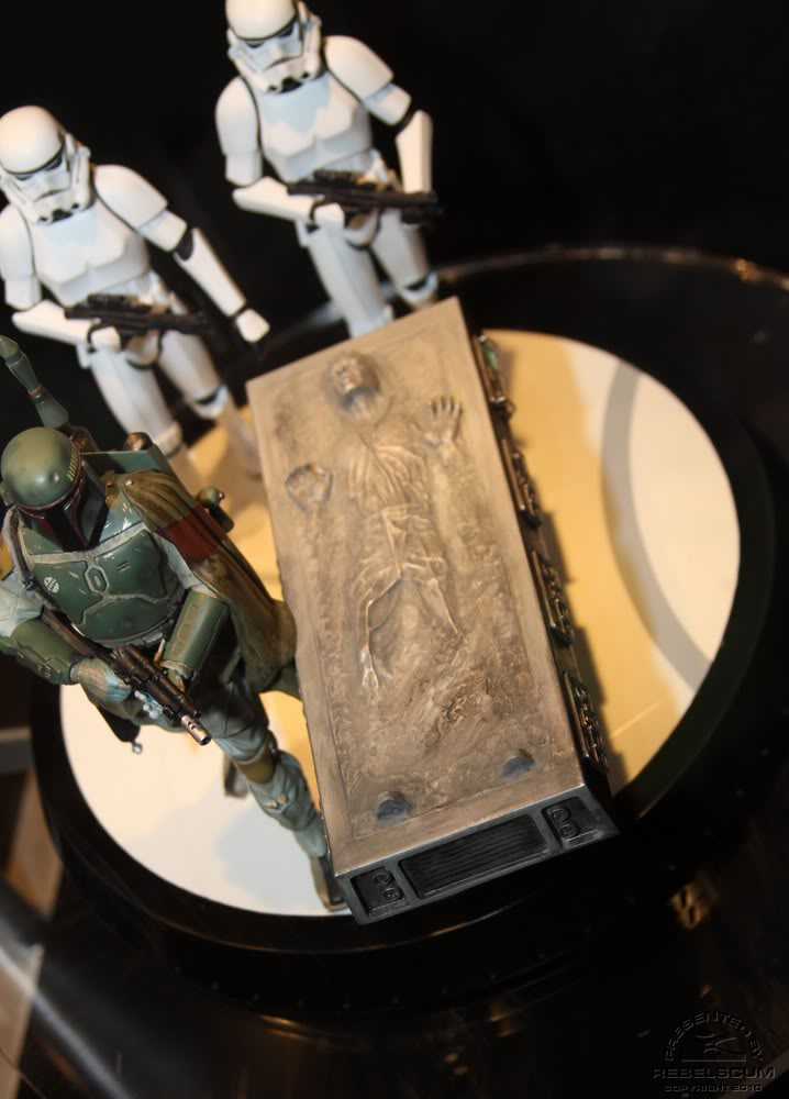 Gentle Giant - Boba fett stormtrooper and han solo carbonite - Page 4 Img_4430