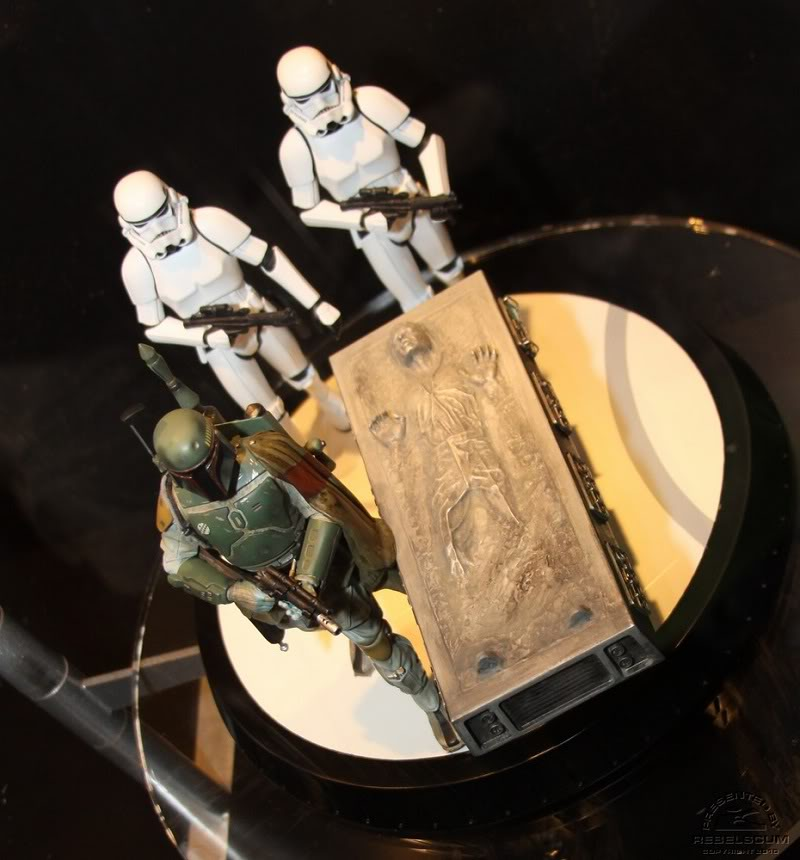 Gentle Giant - Boba fett stormtrooper and han solo carbonite - Page 4 Img_4432