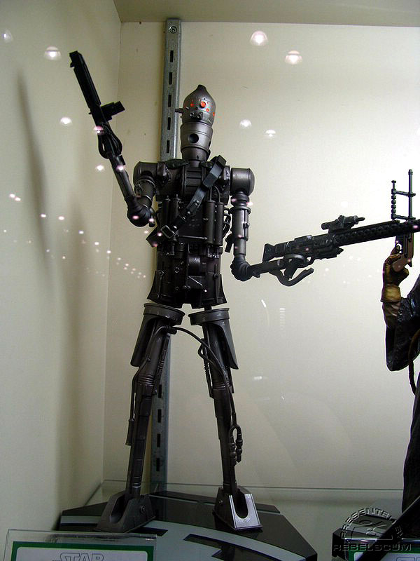 Kotobukiya - IG-88 ArtFX Statue (2007) Img_7413