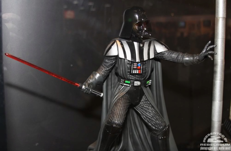 Gentle Giant - Statue darth vader ESB (2011) - Page 2 Img_9613