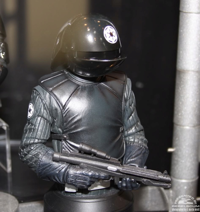 Gentle Giant - Death Star Gunner - Mini bust Img_9618