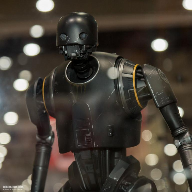 Sideshow Collectibles - K-2SO Premium Format Figure K2s0_p10