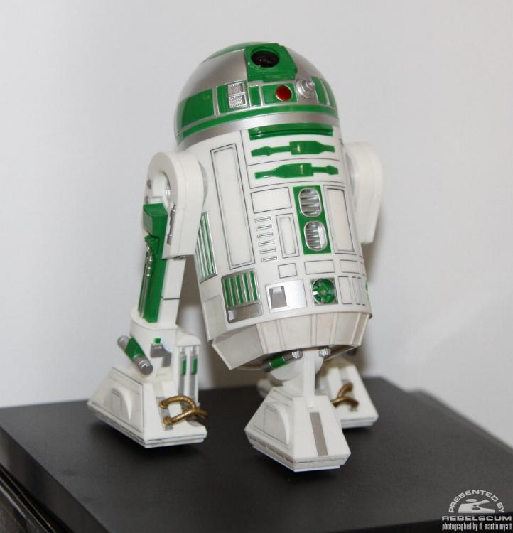 Kotobukiya - R2-A6 ARTFX+ Statue Star Wars Celebration VI  Kotor212