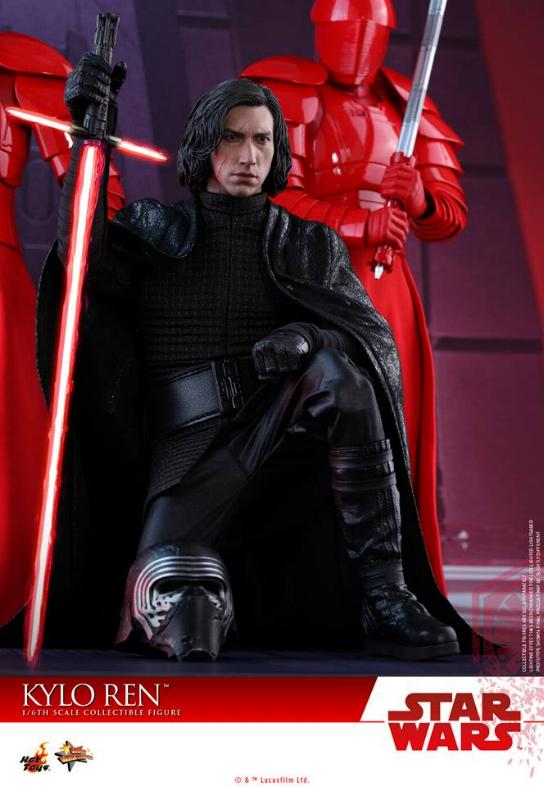 Hot Toys - The Last Jedi - 1/6th scale Kylo Ren Collectible Kylo_t45