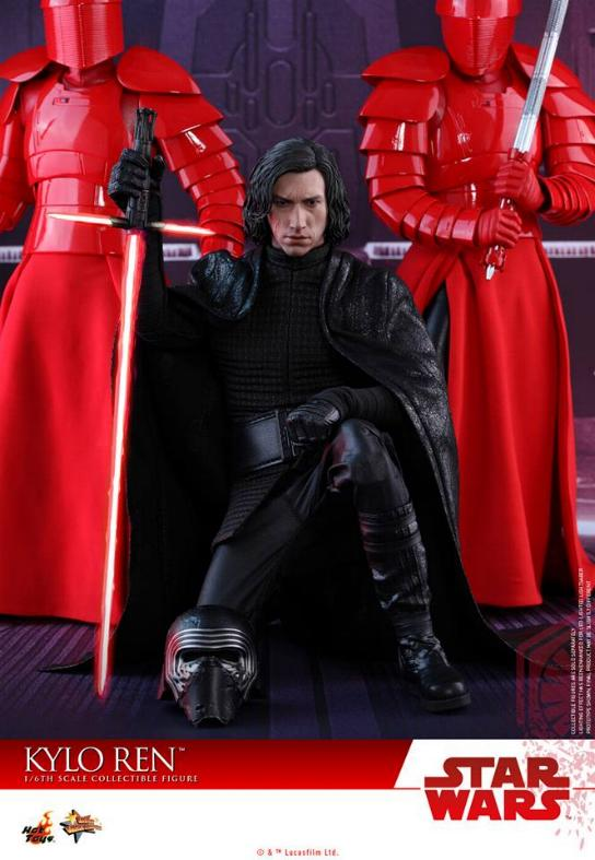 Hot Toys - The Last Jedi - 1/6th scale Kylo Ren Collectible Kylo_t48