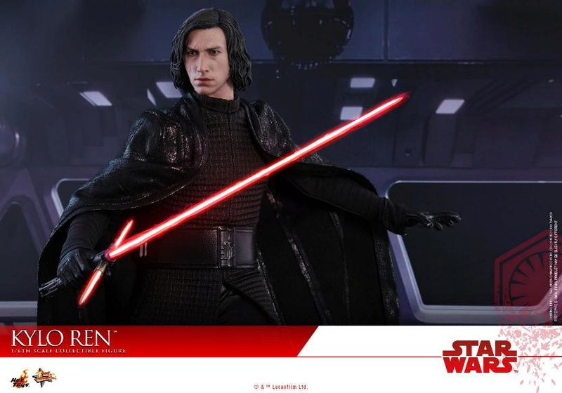 Hot Toys - The Last Jedi - 1/6th scale Kylo Ren Collectible Kylo_t59