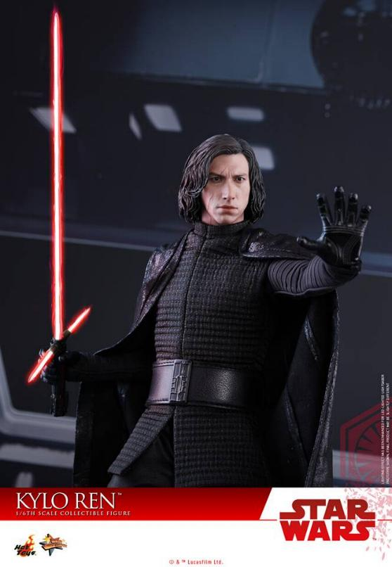 Hot Toys - The Last Jedi - 1/6th scale Kylo Ren Collectible Kylo_t60