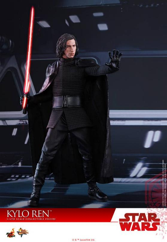 Hot Toys - The Last Jedi - 1/6th scale Kylo Ren Collectible Kylo_t62