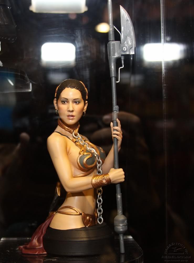 Gentle Giant - Leia Slave Buste  Leiasl15