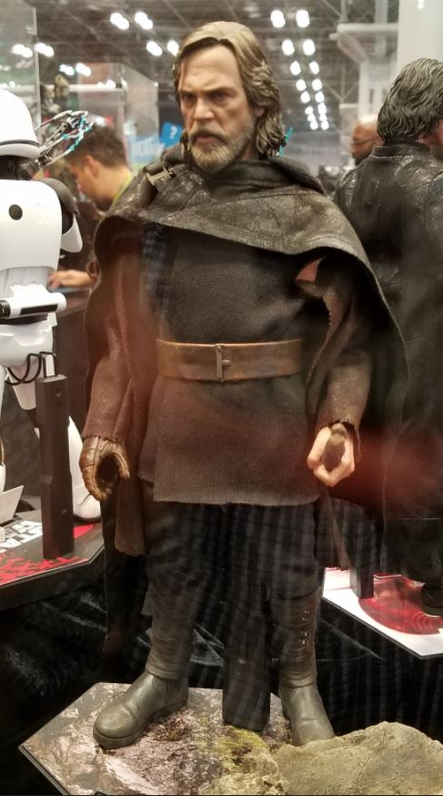 HOT TOYS - The Last Jedi - Luke Jedi Exile 1/6 scale figure Luke_t13