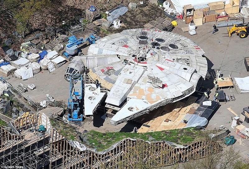 8 - Les NEWS Star Wars Episode VIII - The Last Jedi - Page 6 Mf01_z11