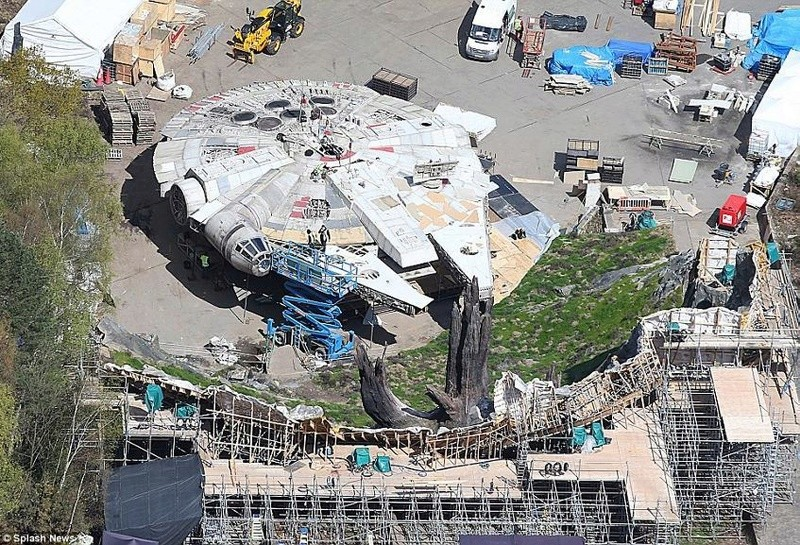 8 - Les NEWS Star Wars Episode VIII - The Last Jedi - Page 6 Mf02_z11
