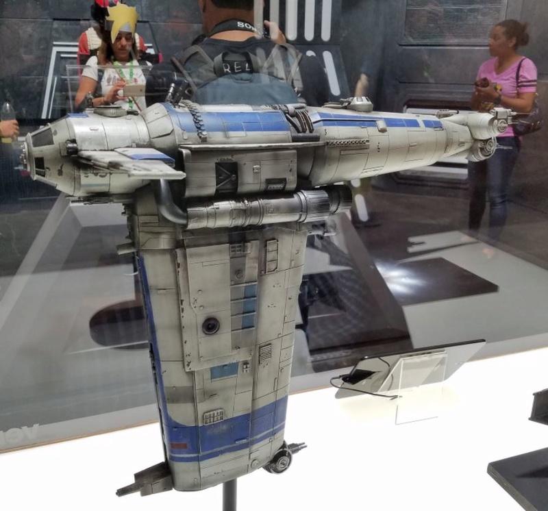 8 - Star Wars The Last Jedi EXPO NYCC 2017 Nycc2031