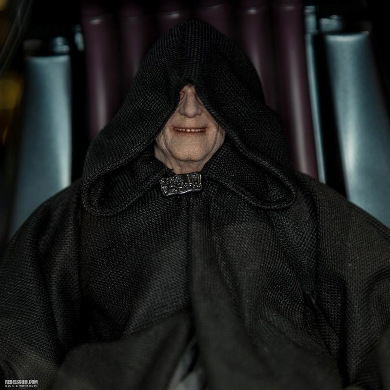 Hot Toys Star Wars - Emperor Palpatine Sixth Scale Figure   Palpat12