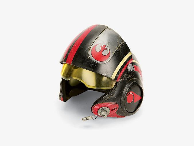 7 - Star Wars The Force Awakens - Behind-the-Scenes - Page 2 Props_16