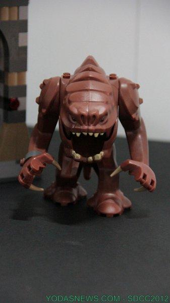 LEGO STAR WARS - 75005 - Rancor Pit Rancor15