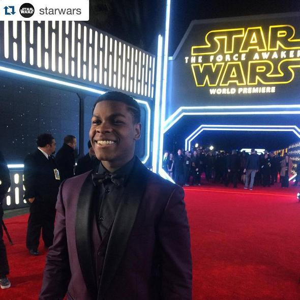 7 - Star Wars The Force Awakens - Les premières Red_0210