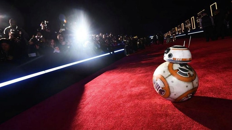 7 - Star Wars The Force Awakens - Les premières Red_1010