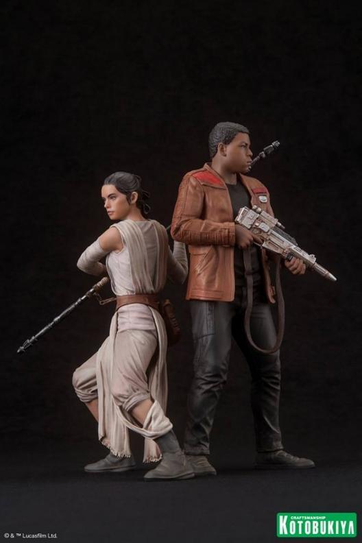 Kotobukiya - SW The Force Awakens Rey & Finn ARTFX+ 2 Pack Reyfin13