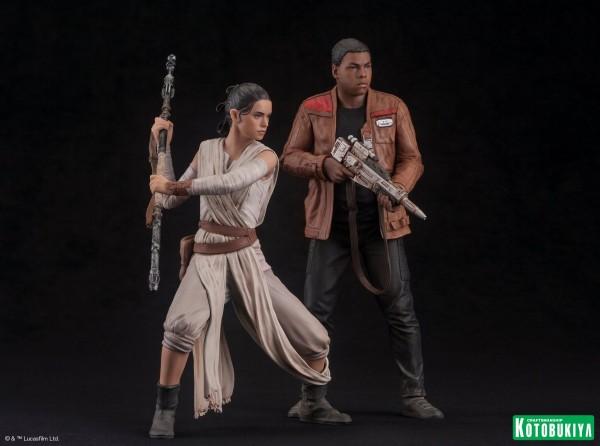 Kotobukiya - SW The Force Awakens Rey & Finn ARTFX+ 2 Pack Reyfin14
