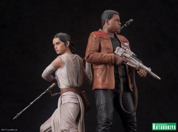 Kotobukiya - SW The Force Awakens Rey & Finn ARTFX+ 2 Pack Reyfin15
