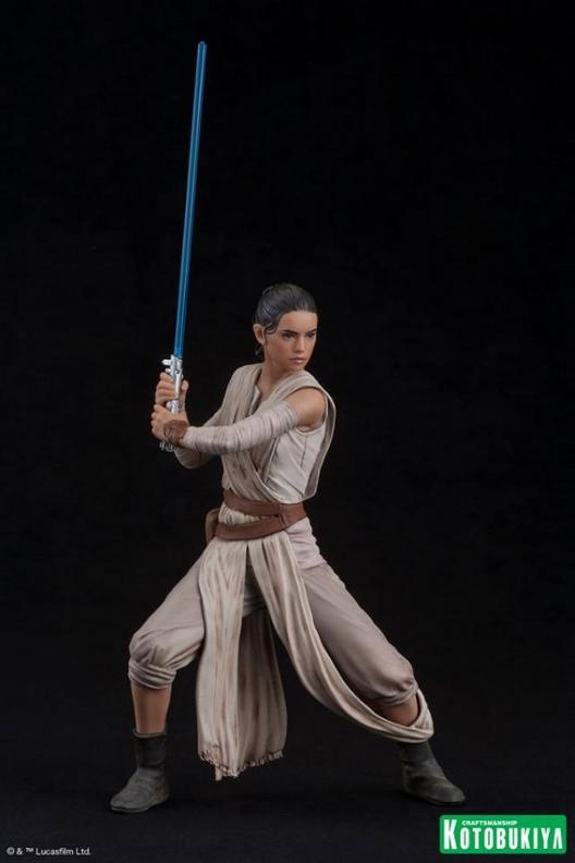 Kotobukiya - SW The Force Awakens Rey & Finn ARTFX+ 2 Pack Reyfin23