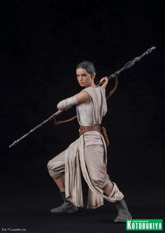 Kotobukiya - SW The Force Awakens Rey & Finn ARTFX+ 2 Pack Reyfin24