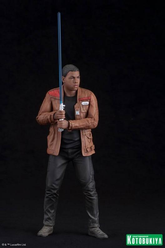 Kotobukiya - SW The Force Awakens Rey & Finn ARTFX+ 2 Pack Reyfin28