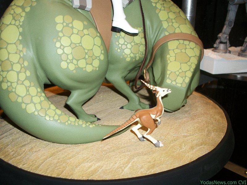 Gentle Giant - Animated Maquette - Sandtrooper On Dewback Sand0310