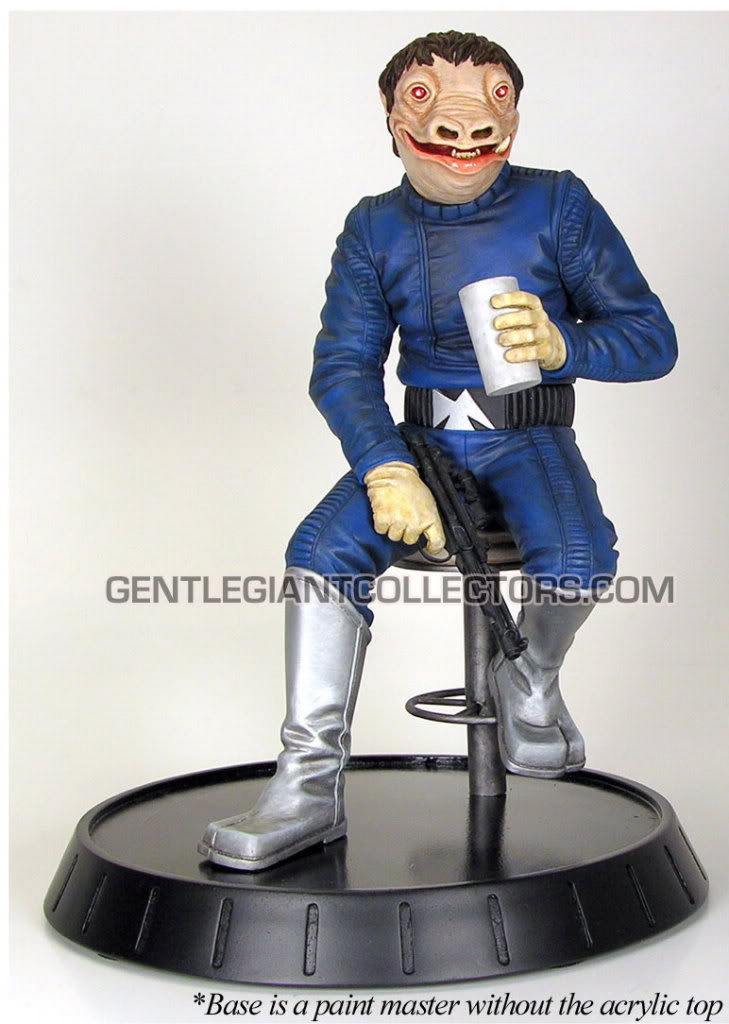 Gentle Giant - PGM Exclusive Blue Snaggletooth Statue Sneakp10