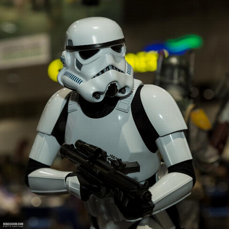 Sideshow Collectibles - Stormtrooper Premium Format 2018 Storm_11
