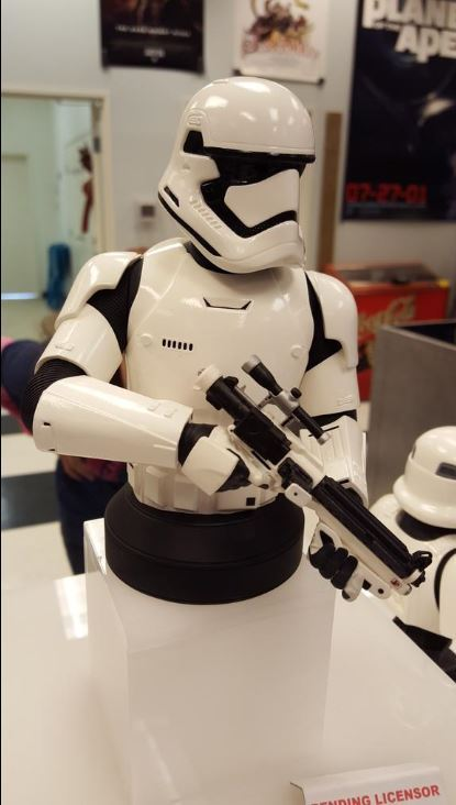 Gentle Giant - Stormtrooper The Force Awakens MiniBust Storm_17