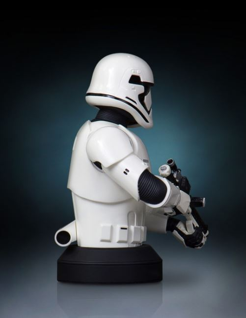 Gentle Giant - Stormtrooper The Force Awakens MiniBust Storm_24