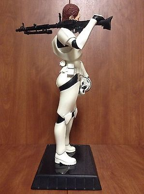 Gentle Giant - Female Stormtrooper Statue Jes Gistang Stormt16